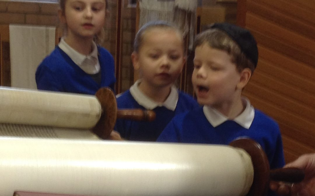 Y2 Visit to Synagogue